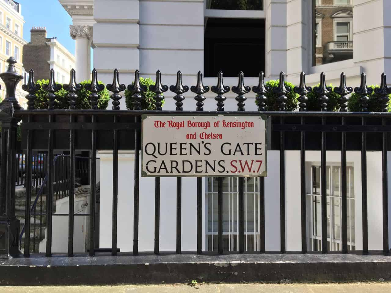 London Queen's Gate Gardens