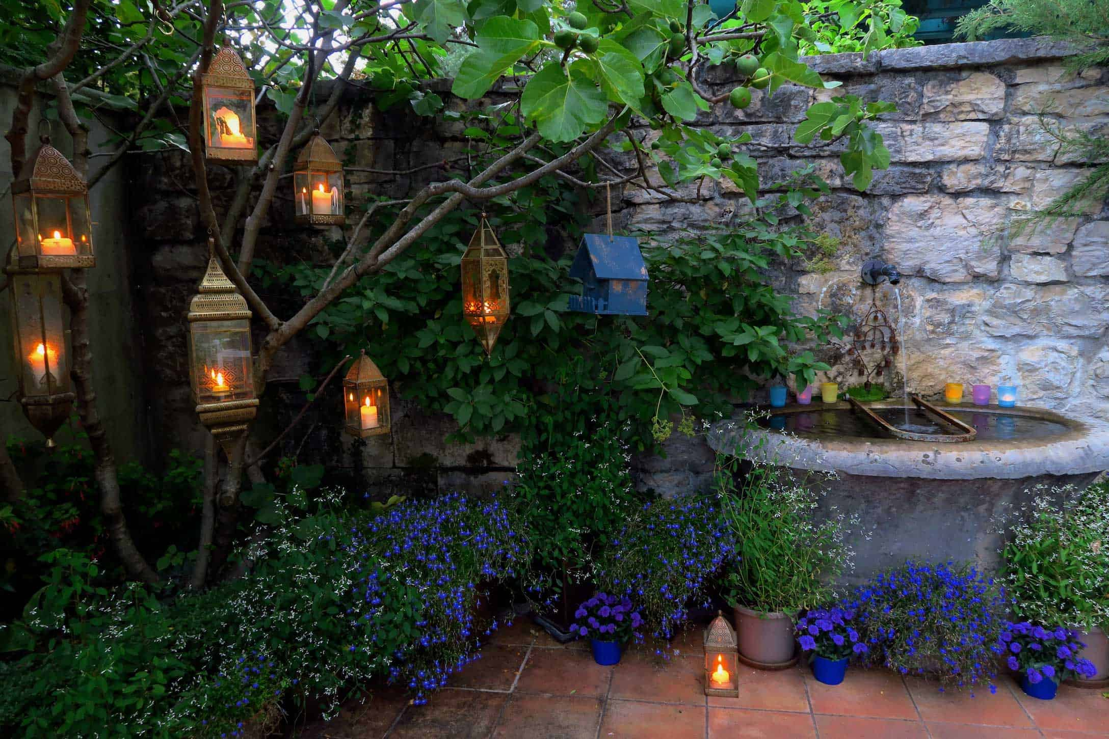Geneva Retreat Lanterns
